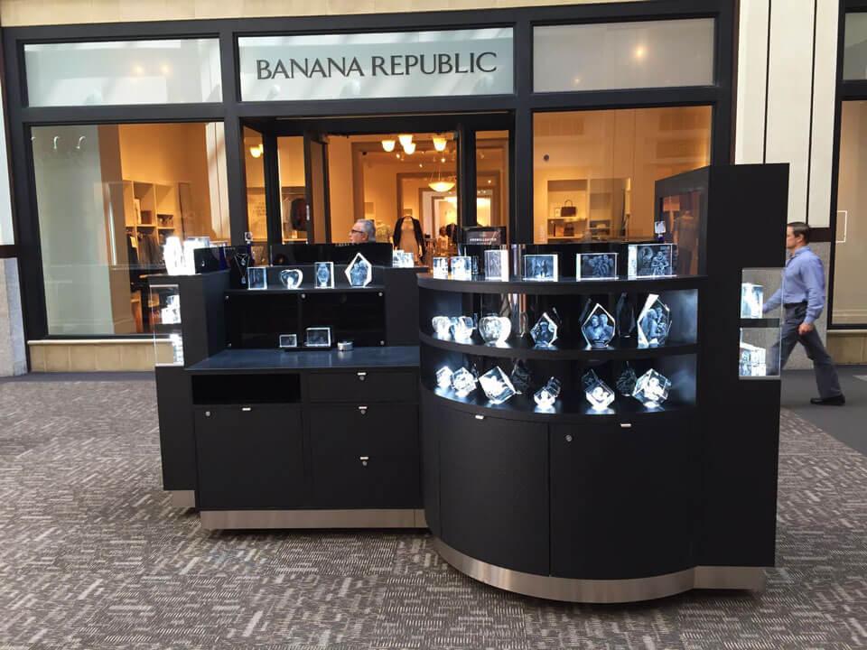 customized crystal kiosk