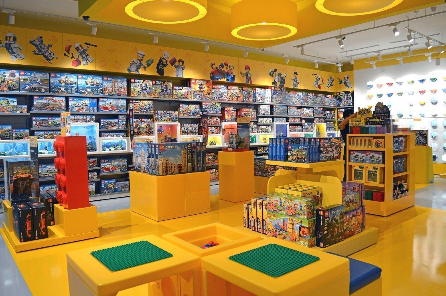 Toy store design