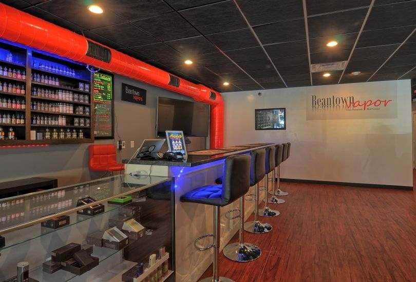 e-cigarette shop showcase