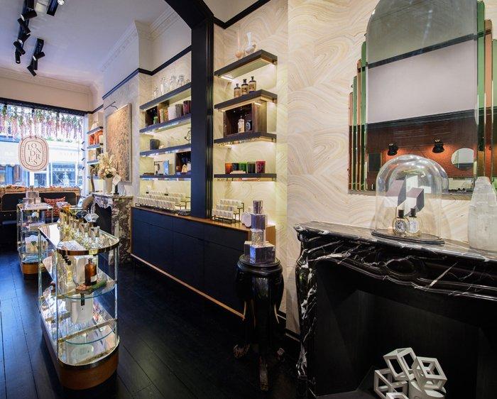 perfume shop fixture