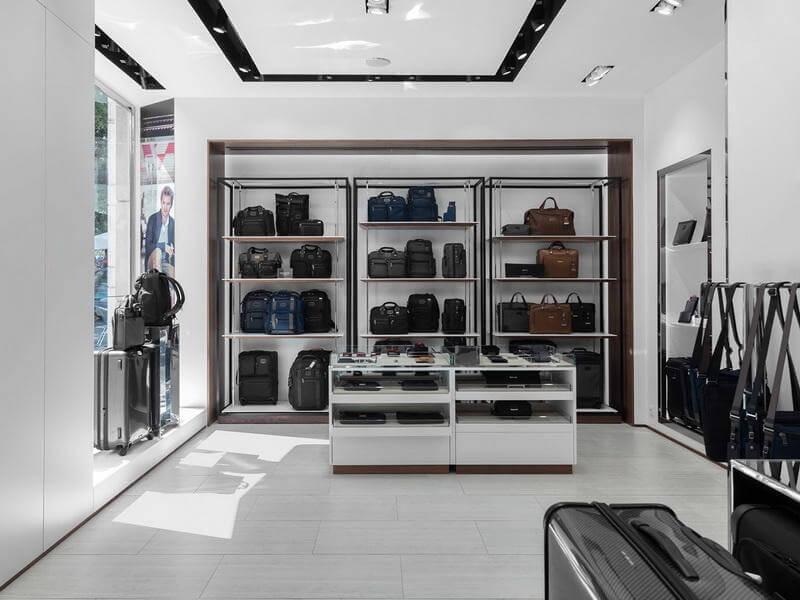 loguage store display
