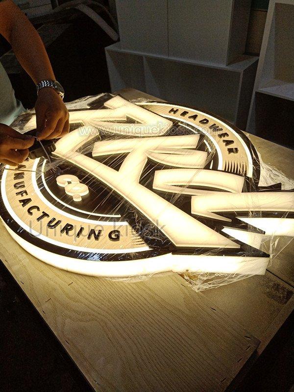 3D illuminated sign